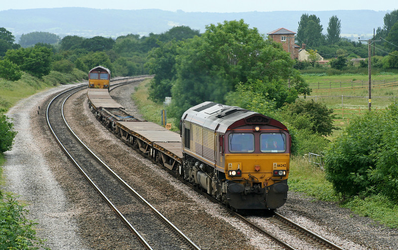 66242/66141, up departmental, Cogload Junction, 23-6-06.