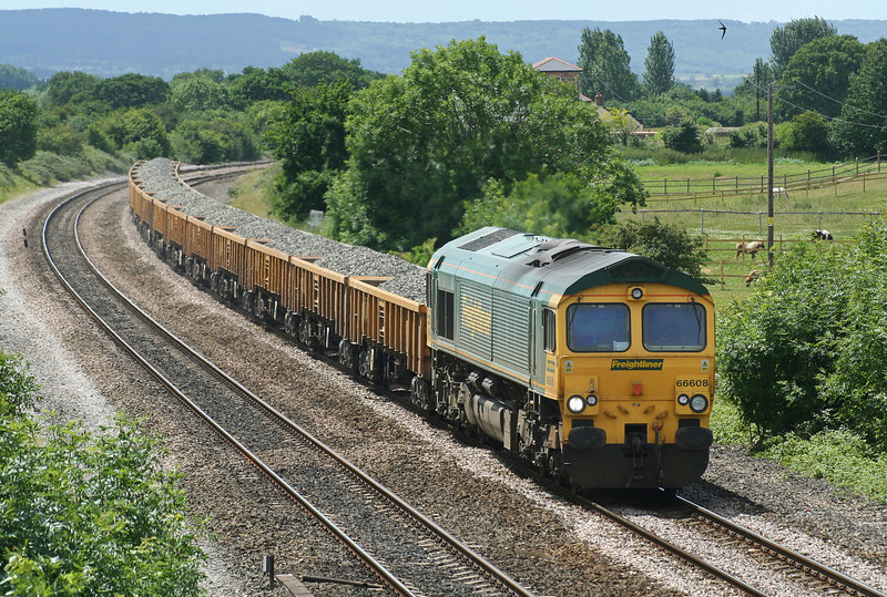66608, 10.45 Meldon Quarry-Hinksey Yard, Cogload Junction, 22-6-06.