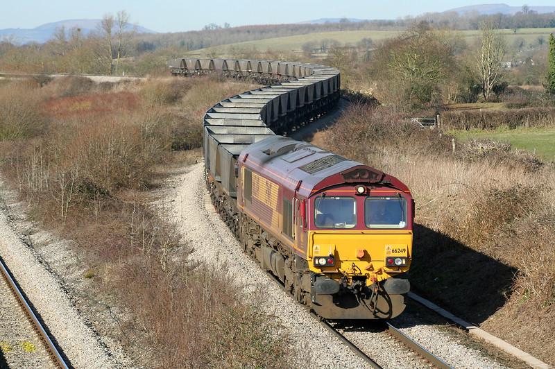 66249, Newport East Usk Yard-Portbury, Llandevenny, near Llanwern, 6-3-06.