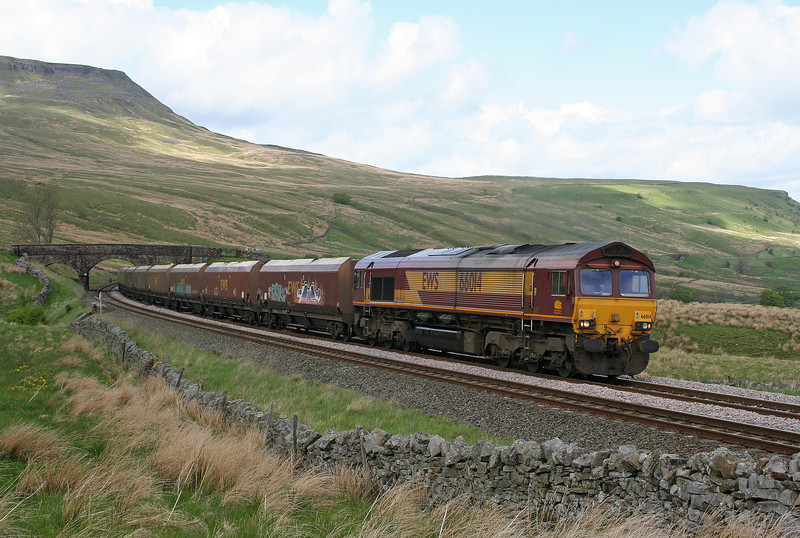 66014, 10.25 New Cumnock-Ratcliffe Power Station, Ais Gill, 24-5-06.