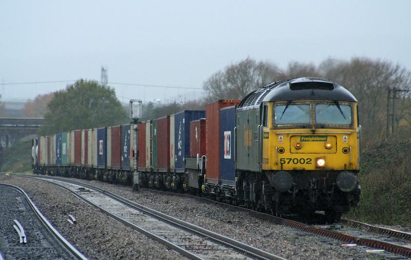 57002, 10.02 Cardiff Wentloog-Southampton Millbrook, Pilning loop, 17-11-06.