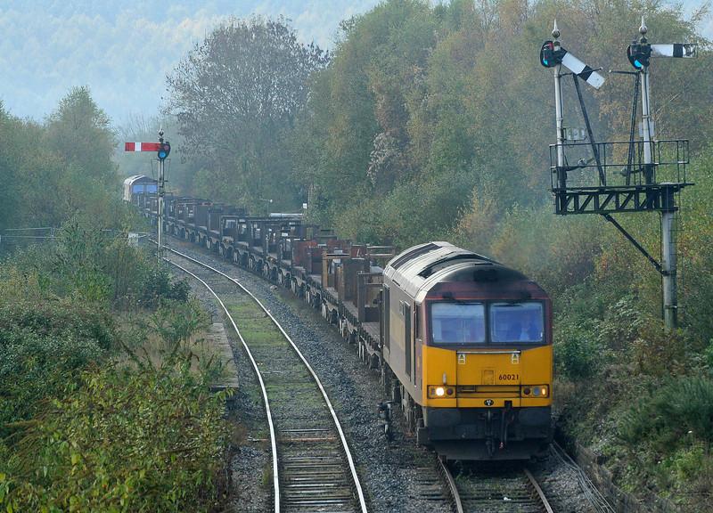 60021, diverted 09.54 Margam-Llanwern, 66169 tailing, Tondu, 5-11-06.