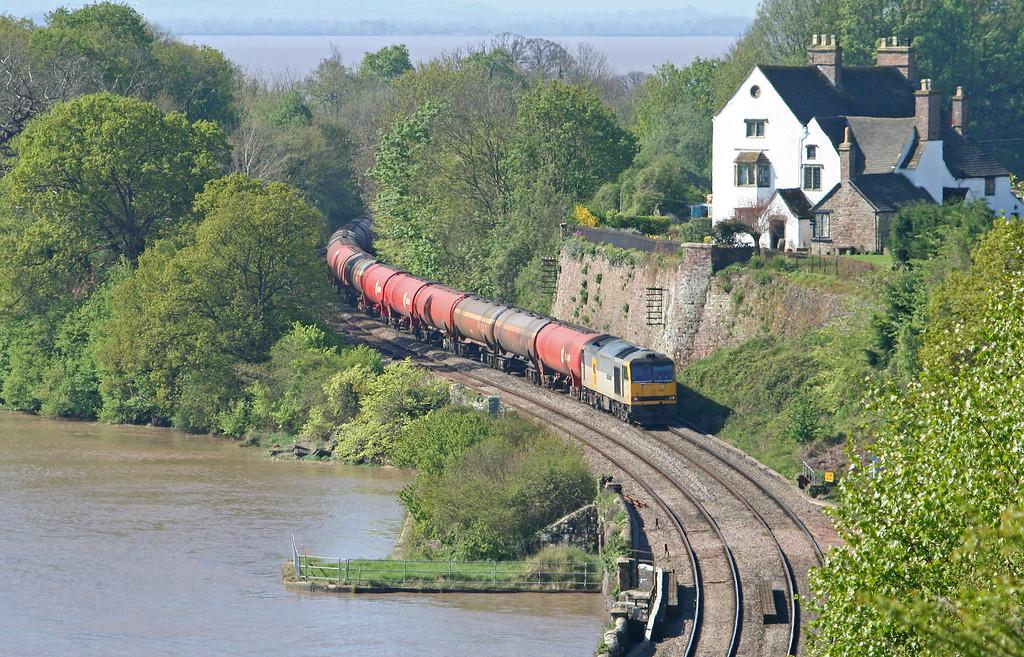 60046, 05.10 Robeston-Westerleigh, load x 26, Purton, near Lydney, 19-4-07.