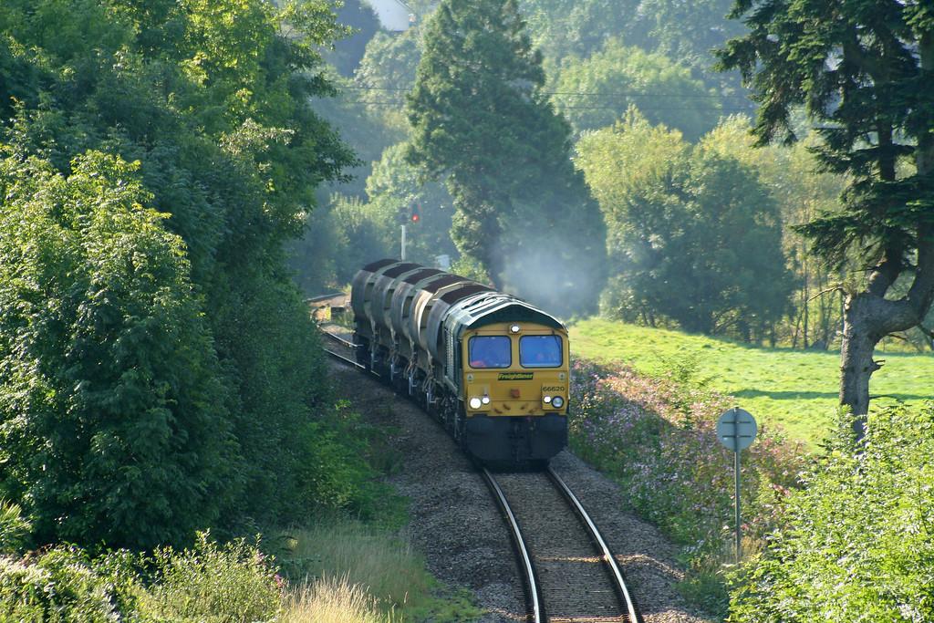66620, 08.45 Taunton Fairwater Yard-Meldon Quarry, Cowley, near Exeter, 29-8-07.