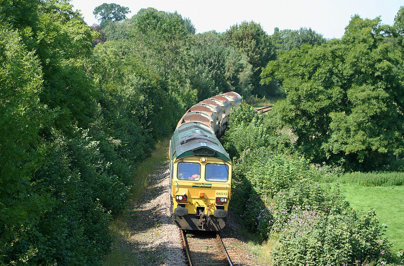 66513, 13.37 Meldon Quarry-Taunton Fairwater Yard, approaching Cowley, near Exeter, 22-8-07.