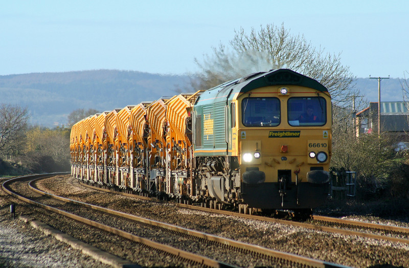 66610, 09.00 Taunton Fairwater Yard-Westbury Virtual Quarry, Cogload Junction, 21-2-07.