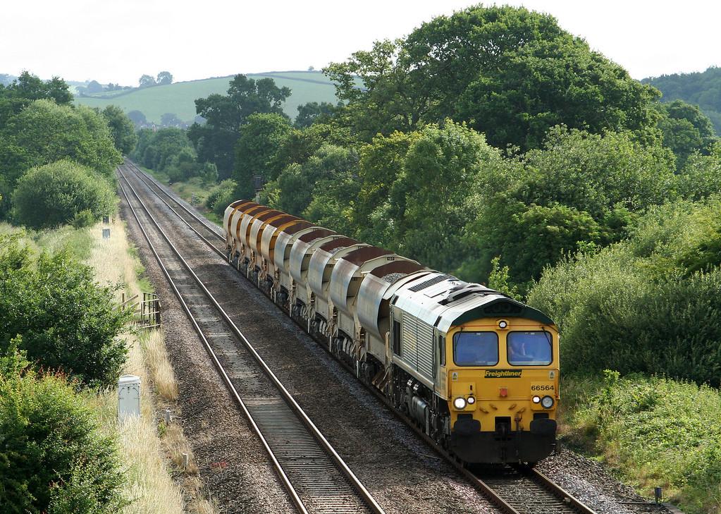 66564, 08.46 Taunton Fairwater Yard-Meldon Quarry, Rewe, near Exeter, 27-6-07.