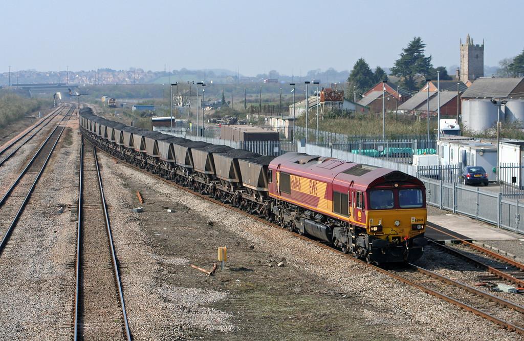 66046, 10.03 Parc Slip-Westbury Cement Works, Severn Tunnel Junction, 26-3-07.