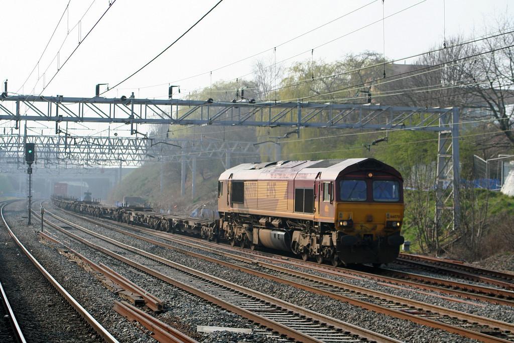 66070, 12.01 Trafford Park-Wembley, Tamworth Low Level, 27-3-07.