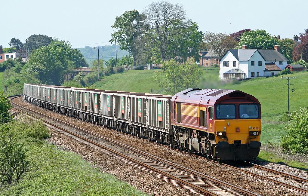 59205, 12.26 Exeter Riverside Yard-Westbury Yard, Rewe, near Exeter, 1-5-07.