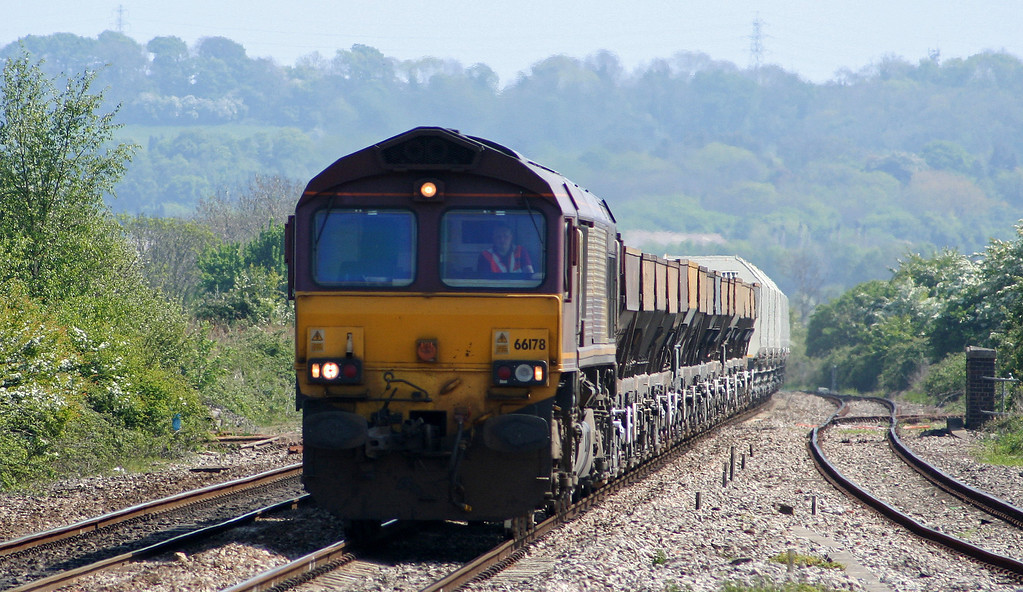66178, 11.17 Hayes-Newport East Usk Yard, Pilning, 5-5-07.