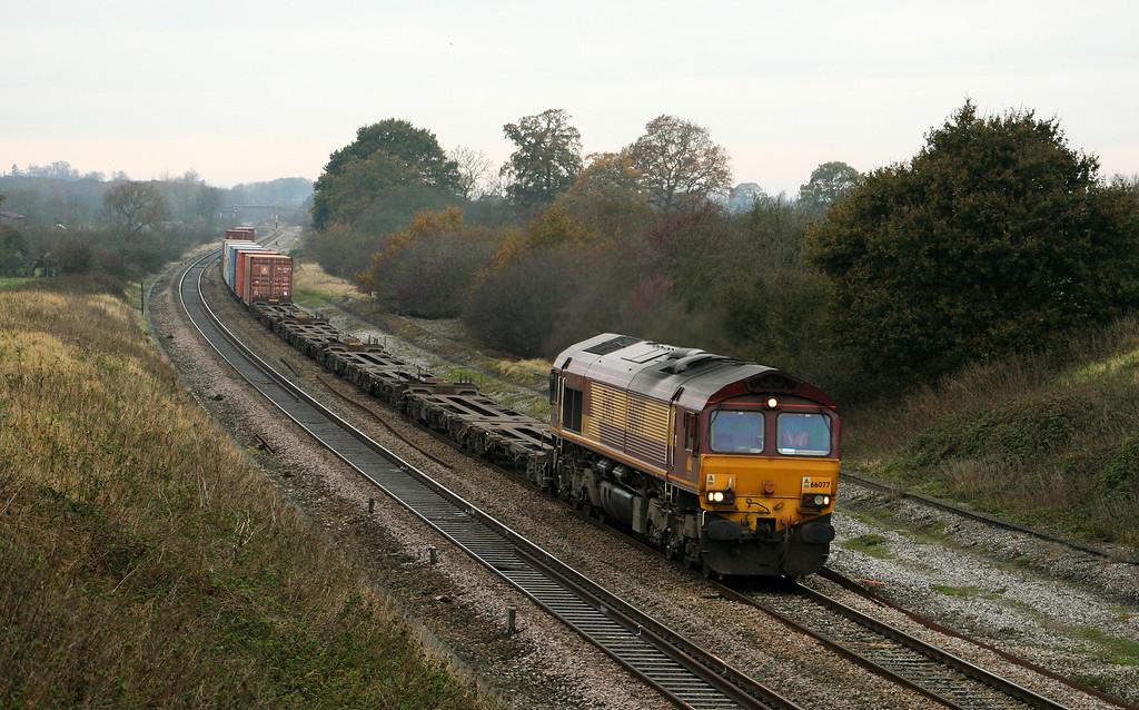 66077, diverted 09.53 Southampton-Hams Hall, Compton Beauchamp, near Shrivenham, 17-11-07.