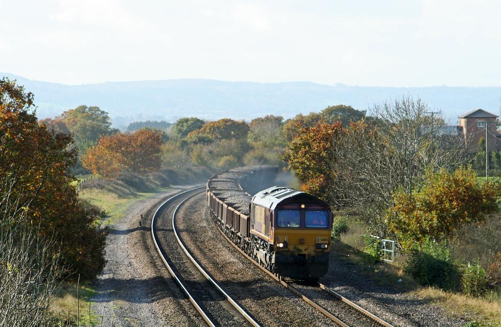 66193, up ballast, Westbury-bound, Cogload Junction, 6-11-07.