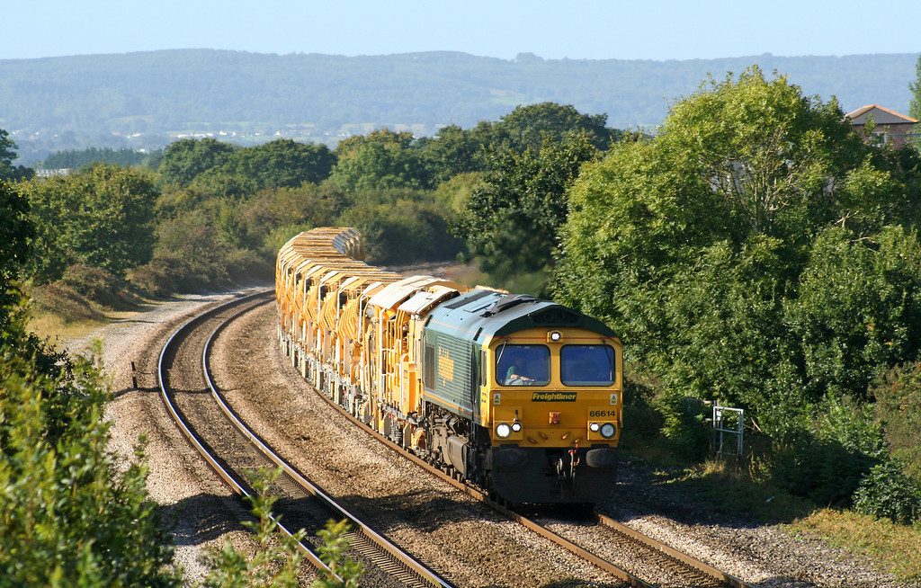 66614, 09.09 Taunton Fairwater Yard-Westbury Virtual Quarry, via Bristol and Bath, Cogload Junction, 24-9-07. Berks and Hants line closed.