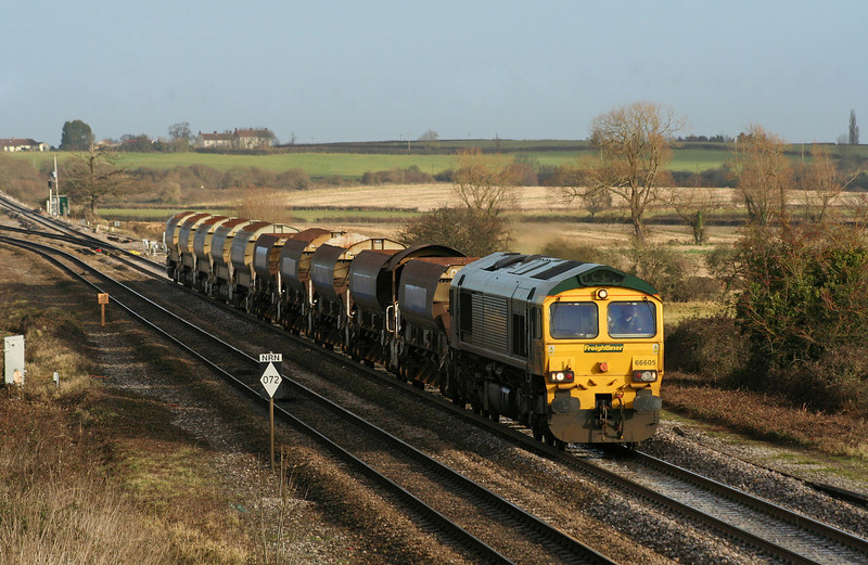 66605,  Westbury Virtual Quarry-Taunton Fairwater Yard, Cogload Junction, 17-12-08.