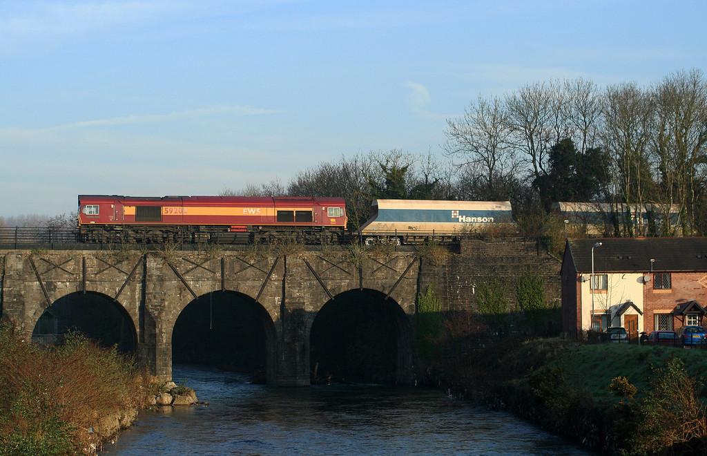 59202, 06.52 Westbury Yard-Machen, crossing River Ebbw at Bassaleg, near Newport, 9-2-08.