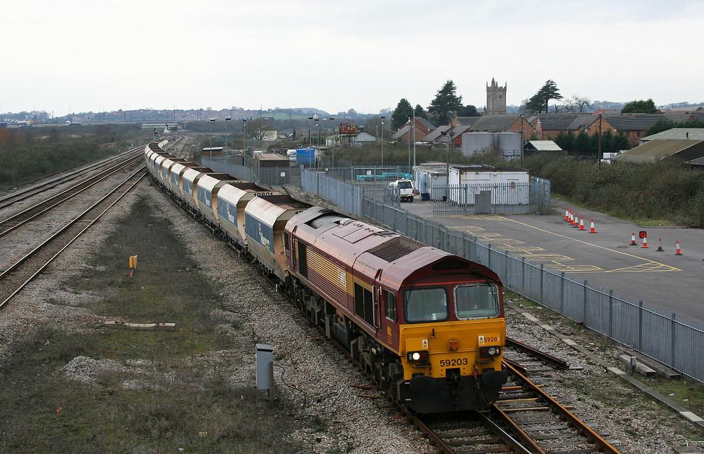 59203, 12.20 Machen-Westbury Yard, Severn Tunnel Junction, 29-1-08, looped.