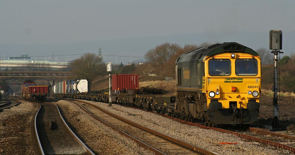 66541, 10.02 Cardiff Wentloog-Southampton Millbrook; 66248, 10.15 Westbury Yard-Newport Alexandra Dock Junction; 66541 departing Pilning loop, 29-1-08.