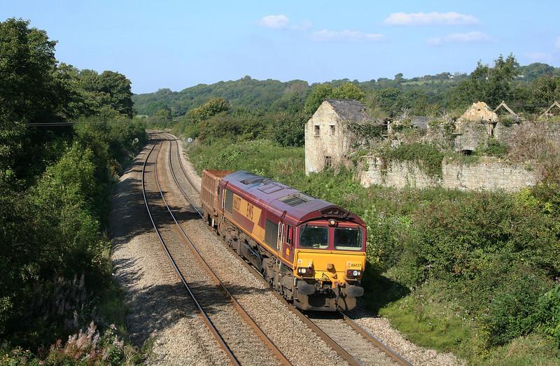 66037, up scrap wagon, Llangewydd Court Farm, near Bridgend, 18-9-08.