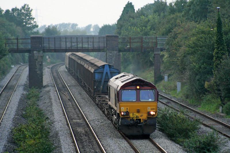 66182, 18.08 Newport Alexandra Dock Junction-Wembley, Undy, near Magor, 18-9-08.