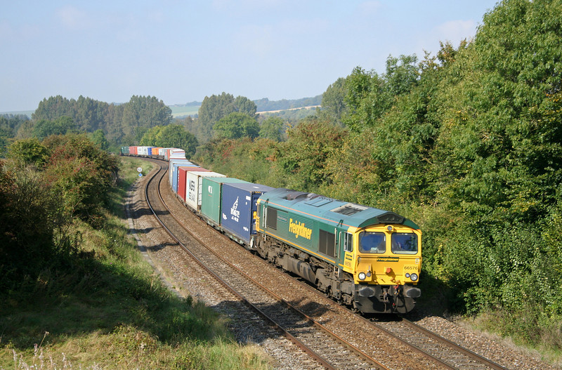 66576, diverted 05.33 Leeds-Southampton, Sherrington, near Warminster, 27-9-08.