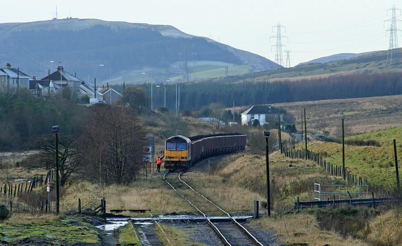 60039, 10.13 Parc Slip-Onllwyn, arrives at Onllwyn, 29-11.08.