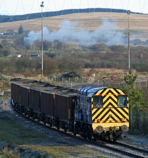 08523 shunting MEAs at Onllwyn, 29-11.08.