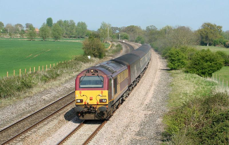 67025/67017, 14.00 Cardiff Central-Taunton, Creech St Michael, near Taunton, 20-4-09.