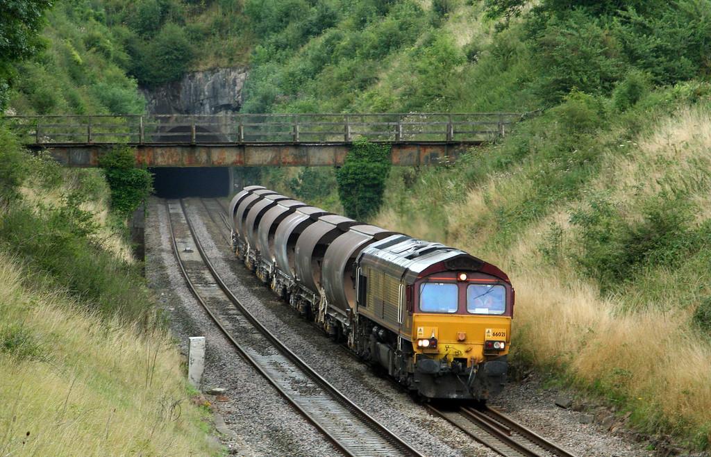66021, 13.22 Cliffe Vale-St Blazey, Rangeworthy, Gloucestershire, 6-8-09.
