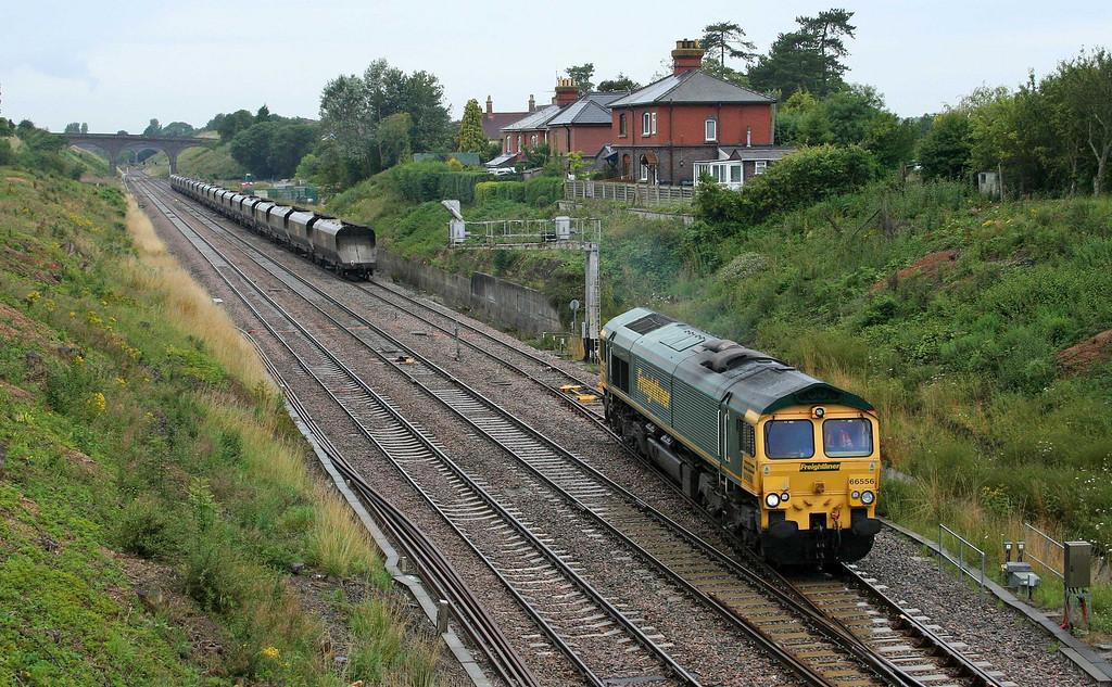 66556, running round 07.30 Fiddlers Ferry Power Station-Bristol Stoke Gifford Yard, Chipping Sodbury loop, 6-8-09.