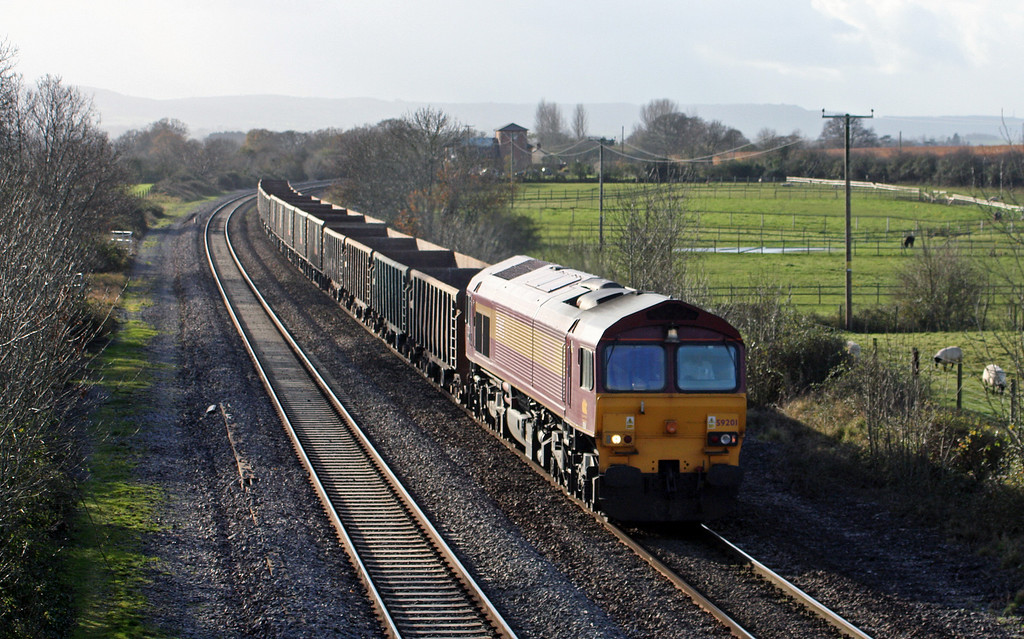 59201, 11.58 Exeter Riverside Yard-Westbury Yard, Cogload Junction, 3-12-09.