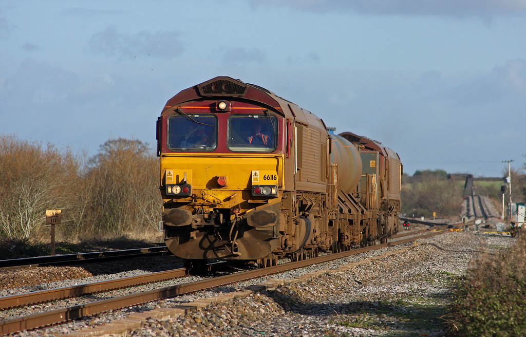 66116/66119, 08.45 Westbury-St Blazey, Cogload Junction, 3-12-09.