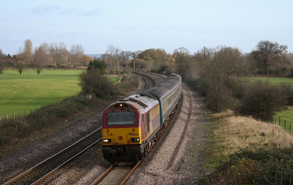67022/67016, 10.09 Weston-super-Mare-Taunton ecs, Creech St Michael, near Taunton, 3-12-09.