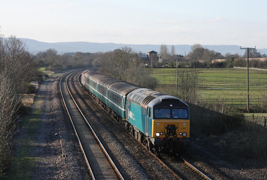 57315/57303, 11.02 Taunton-Cardiff Central, Cogload, 18-12-09.