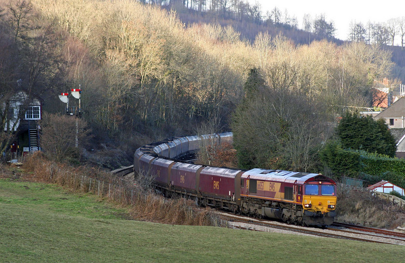 66053, 10:39 Cwmbargoed Opencast Colliery-Aberthaw Power Station, joining Rhymney Valley line at Ystrad Mynach, 11-2-09.