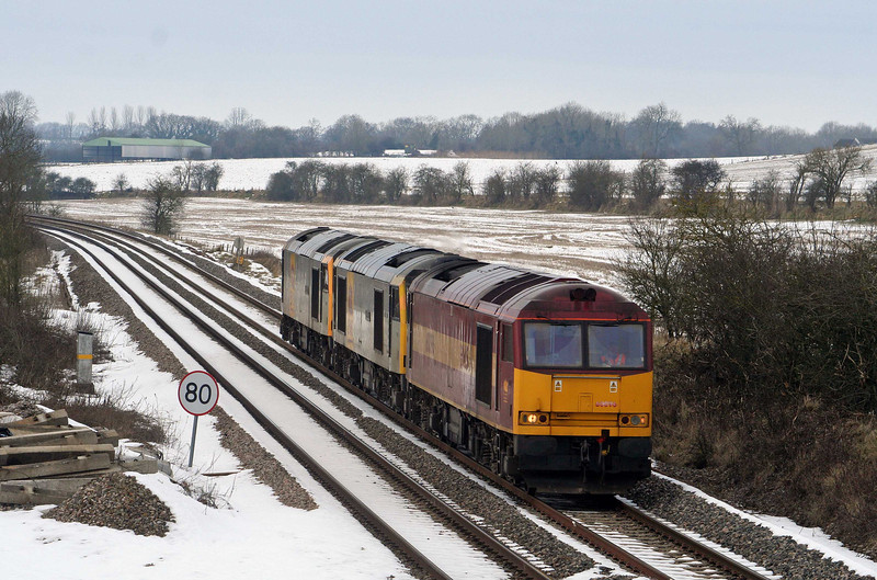 60096/60063/60060, up light heading for Toton, Crofton, 12-2-09.