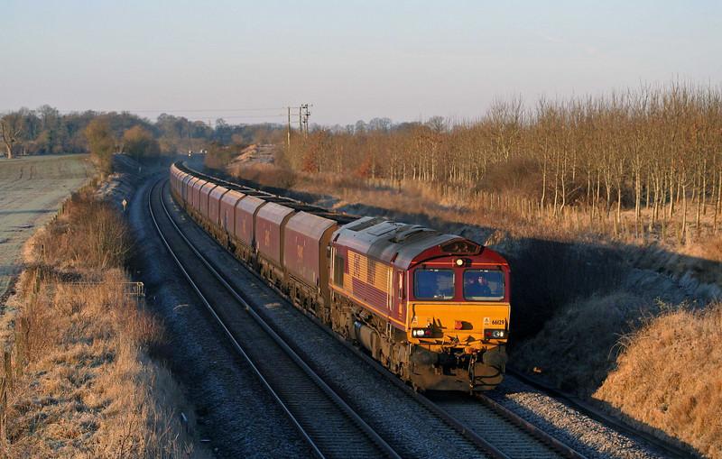 66129, 08.11 Avonmouth Bulk Handling Terminal-Didcot Power Station, Surrendell Farm, Hullavington, 6-1-09.