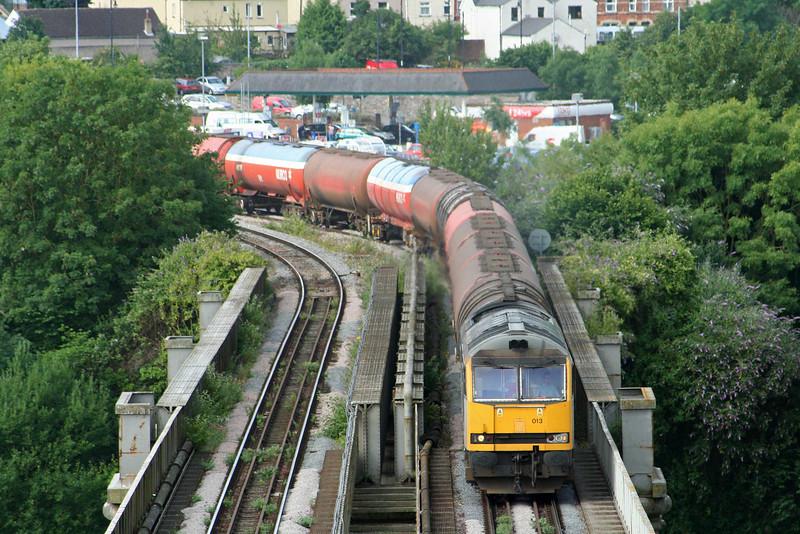 60013, 05.10 Robeston-Westerleigh, Chepstow, 10-7-09.