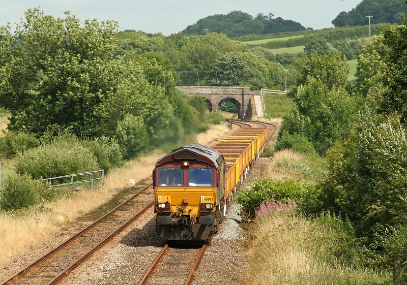 66082, 12.20 Westbury Yard-Meldon Quarry, Neopardy, near Yeoford, 15-7-09.