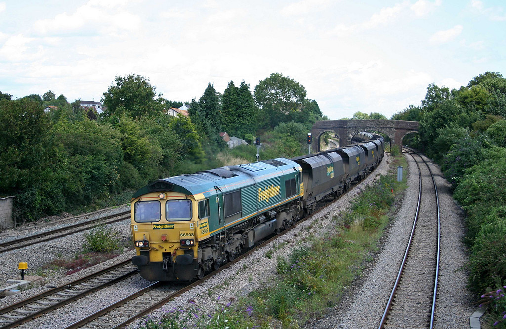 66508, 10.50 Portbury-Rugeley Power Station, Undy, near Magor, 30-7-09.