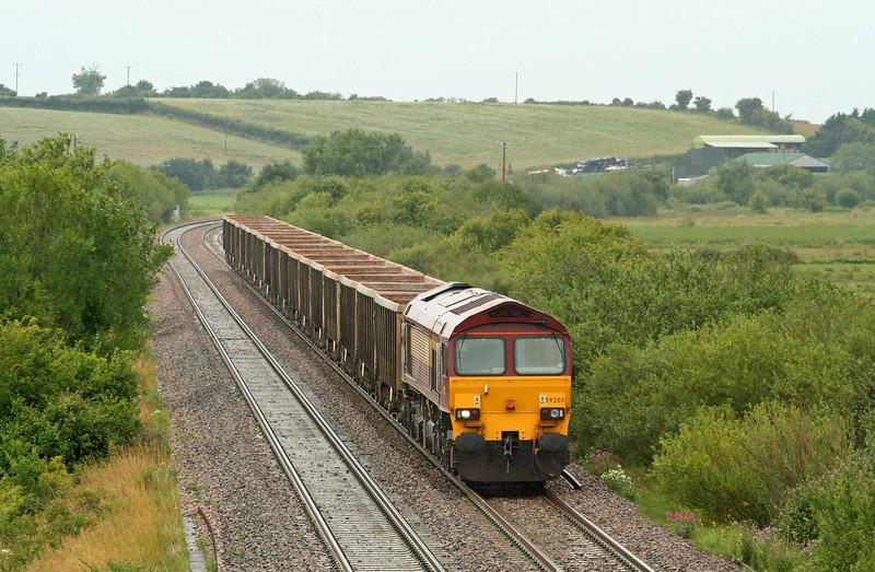 59205, 12.26 Exeter Riverside Yard-Westbury Yard, Wick, near Langport, 17-7-09.