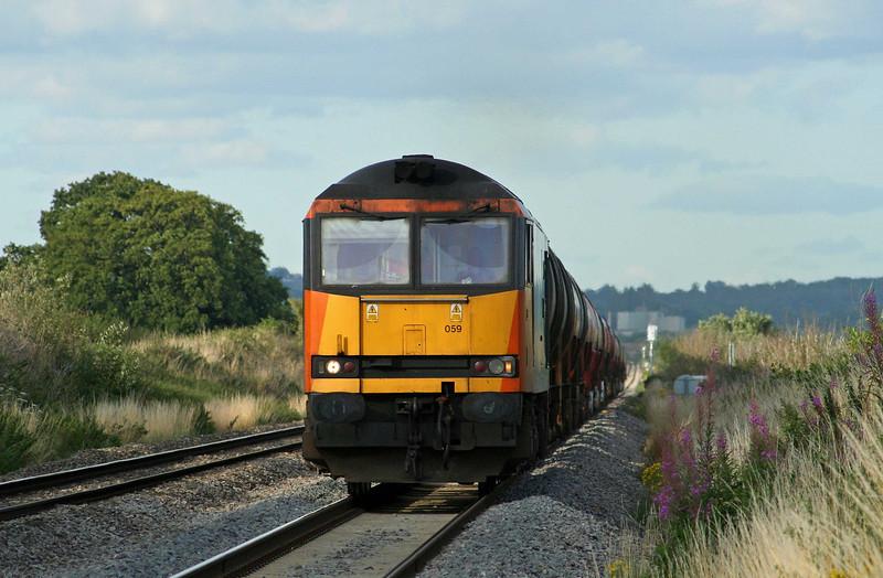 60059, 17.42 Westerleigh-Robeston, Woolaston, near Lydney, 30-7-09.