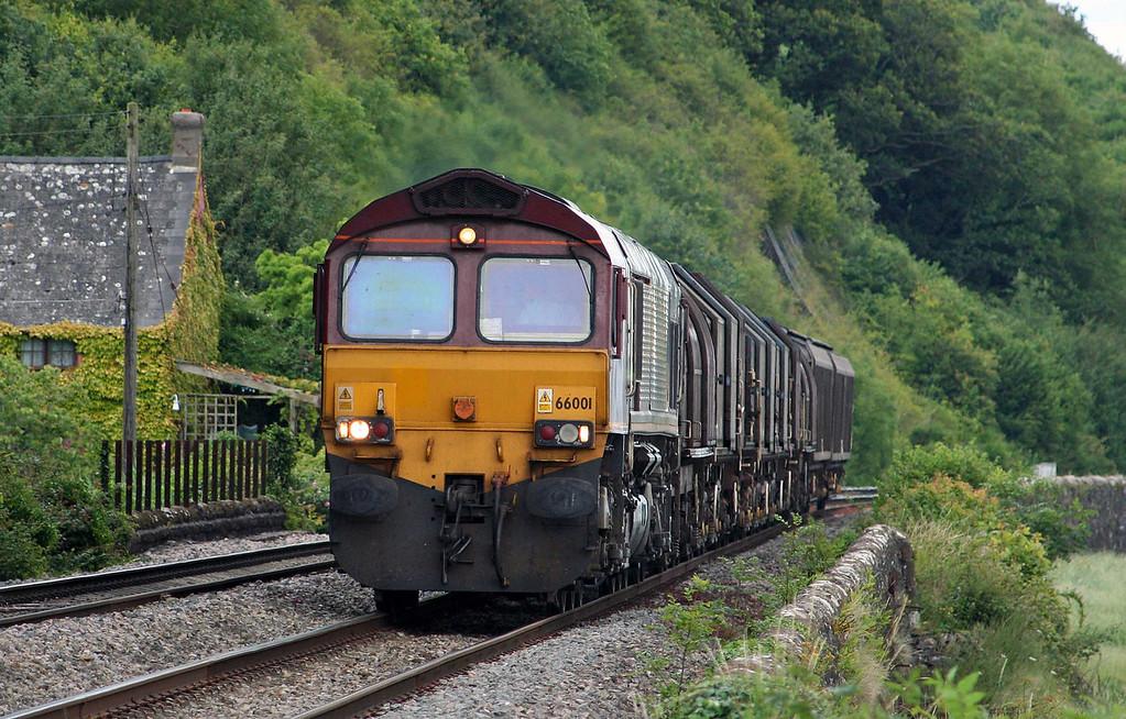 66001, Round Oak-Margam, Gatcombe, 10-7-09.