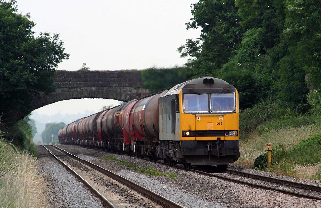 60013, 05.10 Robeston-Westerleigh, Woolaston, near Lydney, 25-6-09.