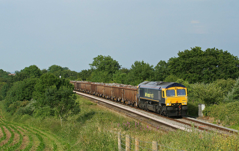 66841, 10.40 Shipley-Cardiff Tidal Yard, Sedbury Lane, Chepstow, 25-6-09.