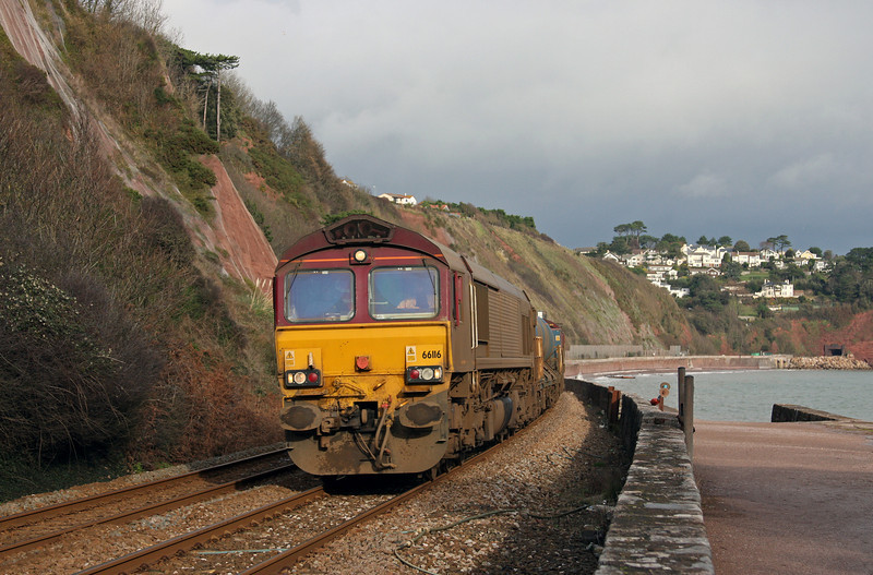 66116/66119, 08.45 Westbury-St Blazey, Sprey Point, Teignmouth, 27-11-09.