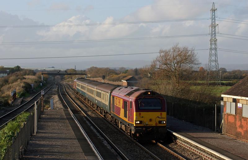 67022/67016, 14.00 Cardiff Central-Taunton, Pilning, 20-11-09.