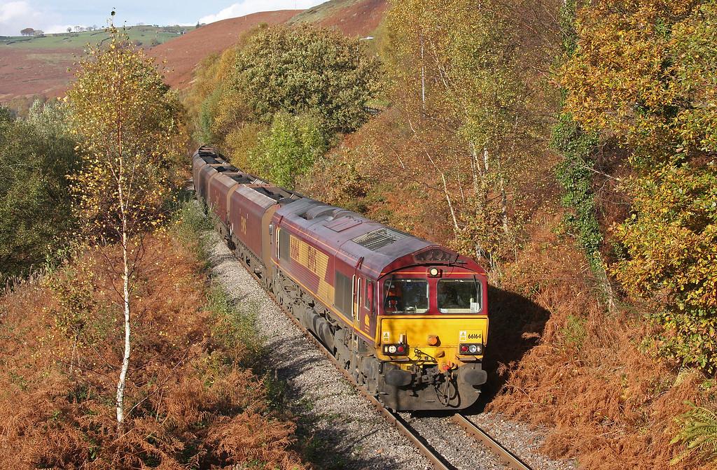 66164, 10.39 Cwmbargoed Opencast Colliery-Aberthaw Power Station, Trelewis, near Nelson, 27-10-09.