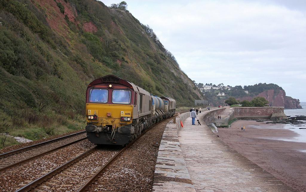 66116/66153, 08.45 Westbury-St Blazey, Teignmouth, 17-10-09.