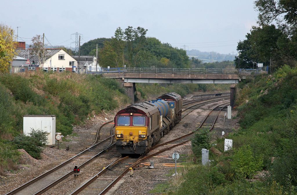 66116/66153, 08.45 Westbury-St Blazey, Willand, near Tiverton, 14-10-09.